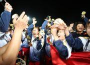 """Trước thất bại đội tuyển bóng đá nam, đội tuyển bóng đá Nữ Việt Nam đã """"đòi lại danh dự"""" với huy chương vàng Sea Game"""